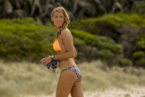 A su llegada a la playa Nancy se siente feliz y confiada