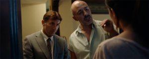 El inspector Velarde (Antonio de la Torre) y el inspector Alfaro (Roberto Álamo) investigan el caso minuciosamente