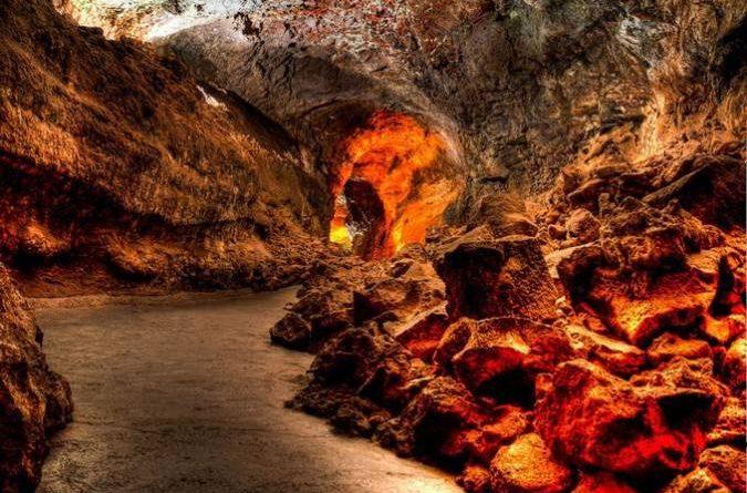 Cueva de los Verdes Muestra de cine de Lanzarote