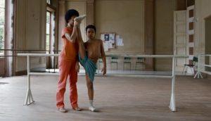 Desde pequeño YULI demuestra ser un gran bailarín