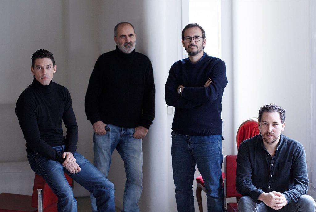 Los intérpretes y el director de PORT ARTHUR