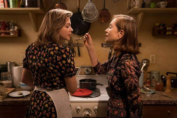 Chloë Grace Moretz e Isabelle Huppert en LA VIUDA
