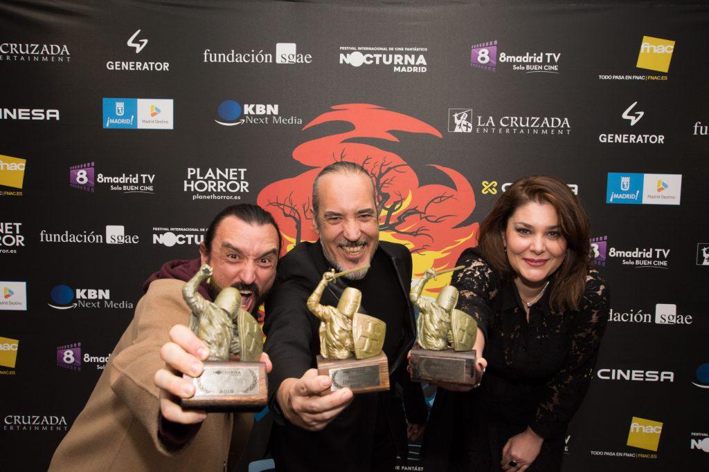 David Pareja, Óscar Martín y Elena Muñoz con sus premios de Nocturna