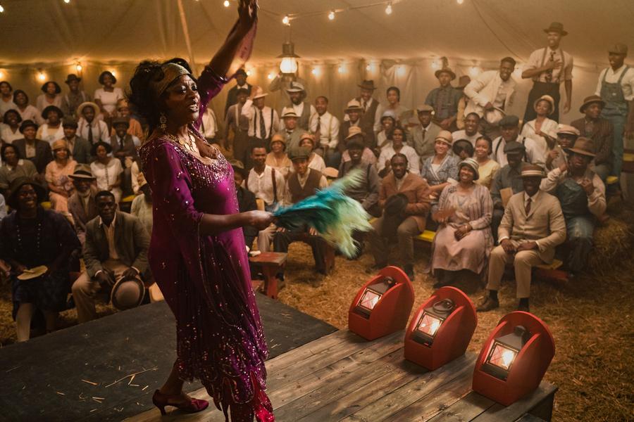 Viola Davis como Ma Rainey en el prólogo de LA MADRE DEL BLUES