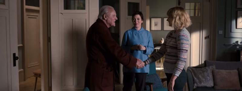 El Padre Anthony (Anthony Hopkins), Anne (Olivia Colman), su hija, y Laura (Imogen Poots)