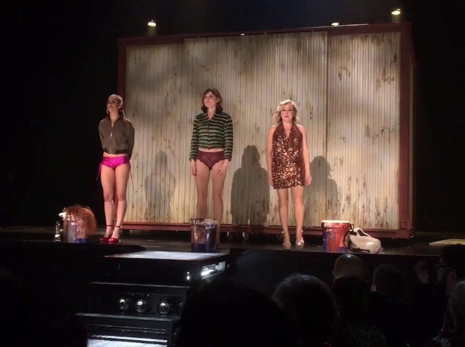 Escena de la obra de teatro Prostitución. Andrés Lima
